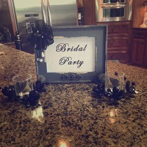BRIDAL PARTY sign with decorative candle holder ❤️